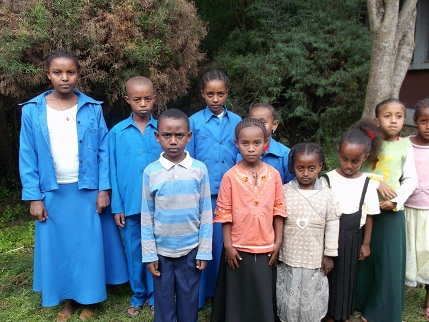 Ambo kids in their new school uniforms.